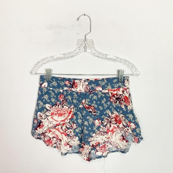 Free People Pants - Free People floral print flowy shorts pink & blue
